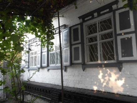 Продажа дома с гаражом и хоз.постройками г. Конотоп ( не агентство). Конотоп. фото 1