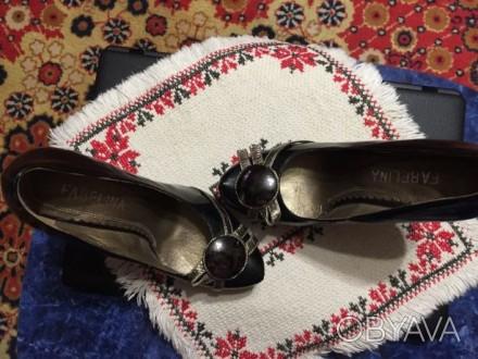 Туфли женские, лаковые, не новые, с профилактикой!!!! Внутри кожа, на носочке у. Миколаїв, Миколаївська область. фото 1