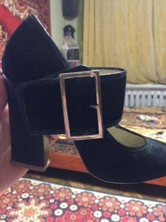 Туфли натуральные, замшевые!!! Обойдённые. Одевала один раз! Маломерки 36 разм. Николаев, Николаевская область. фото 4