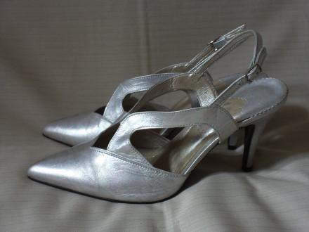 Новые кожаные мюли Elizabeth Shoes 38,5 р.. Черновцы. фото 1