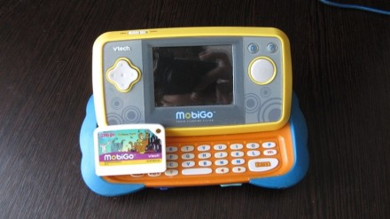 Детская игровая портативная приставка MobiGo (Vtech) + картридж. Кривой Рог. фото 1