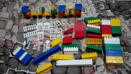Конструктор 80 элементов + паровозик. Киев. фото 1