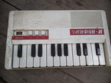 Детское пианино. Красный Луч. фото 1