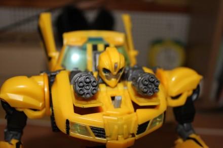 Бамблби Робот трансформер. Большой! Игрушка оригинал. Киев. фото 1
