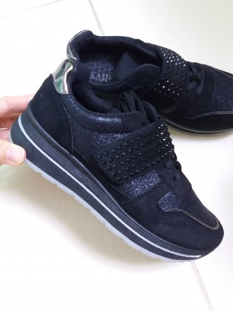 Чорні кросівки - купити жіноче та чоловіче взуття на дошці оголошень ... 682b9cf61dac4