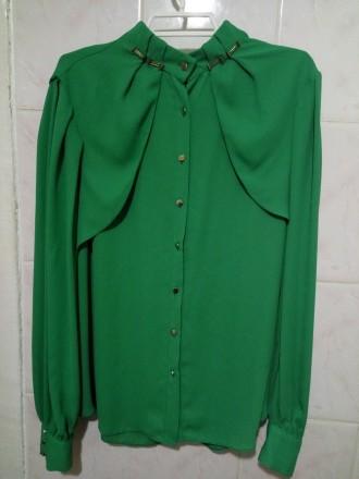 Зелёная блузка. Николаев. фото 1