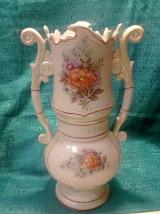 Керамические вазы - близнецы. Маріуполь. фото 1