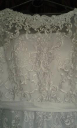 Новое, шикарное свадебное платье. Гипюр на атласном чехле. Фасон солнце - клеш с. Полтава, Полтавская область. фото 7