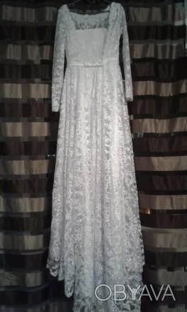 Новое, шикарное свадебное платье. Гипюр на атласном чехле. Фасон солнце - клеш с. Полтава, Полтавская область. фото 1