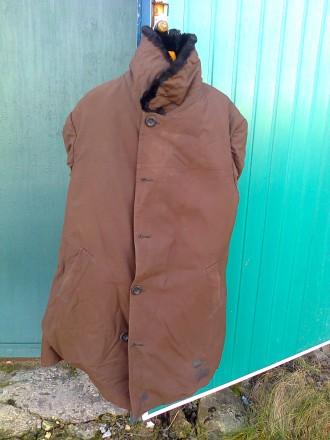 Кожух с плащевой ткани, новый, очень теплый, на нижнем лацкане небольшое пятнышк. Бахмут (Артемовск), Донецкая область. фото 2