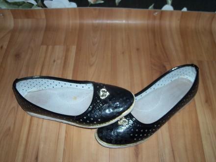 Туфли для девочки. Орджоникидзе. фото 1
