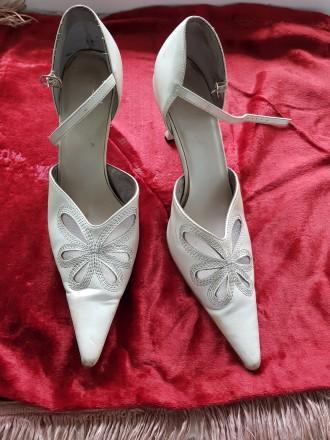 туфли белые, р. 38, искусственная кожа. Одесса. фото 1