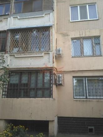 Продам квартиру, на Александра невского. Высокий первый этаж.  Комнаты 1-24м,2-2. Киевский, Одесса, Одесская область. фото 2