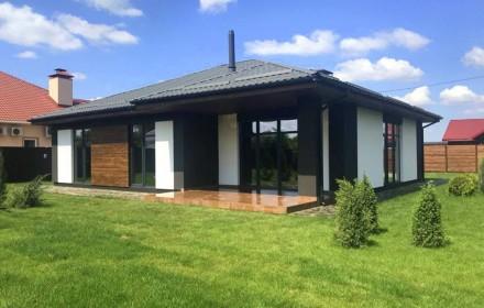 Продается современный загородный коттедж с гаражом. Сумы. фото 1