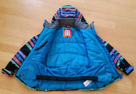 Зимняя мембранная куртка Roxy для девочки. Размер 8 (рост 128). Выполнена из про. Киев, Киевская область. фото 3