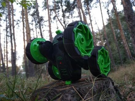 Машина-Перевертыш 360 градусов на радиоуправлении. Васильков. фото 1