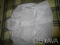 Блузка белая, пуговицы скрыты,вышивка на воротнике и по пуговицам, волан в конце. Харьков, Харьковская область. фото 2