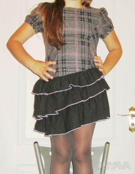 Платье-сарафан шерстяной TRAUM, можно для школы. Нестандартная модель. Серо-че. Киев, Киевская область. фото 1