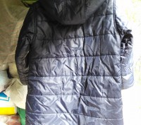 Тёплое нейлоновое пальтишко на синтепоне, простеганое, внутри рукава манжеты на . Харьков, Харьковская область. фото 4