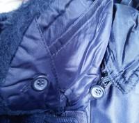 Тёплое нейлоновое пальтишко на синтепоне, простеганое, внутри рукава манжеты на . Харьков, Харьковская область. фото 5