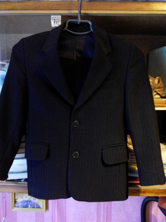 Школьная форма на 6-7 лет, размер 28, рост 122 см., цвет чёрный в мелкую полоску. Конотоп, Сумская область. фото 4