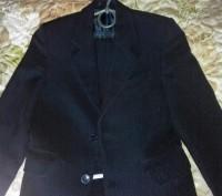 Школьная форма на 6-7 лет, размер 28, рост 122 см., цвет чёрный в мелкую полоску. Конотоп, Сумская область. фото 2