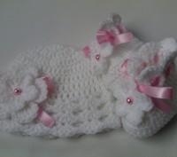 Комплект для девочки, состоящий из пинеток и шапочки в белом цвете. Хороший вари. Самбор, Львовская область. фото 2