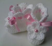 Комплект для девочки, состоящий из пинеток и шапочки в белом цвете. Хороший вари. Самбор, Львовская область. фото 4
