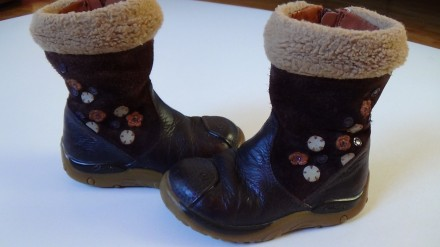 Clarks – Дитячі чоботи - купити дитяче взуття на дошці оголошень ... c6e23aaaf89fa