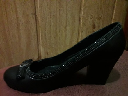Продам туфли LONZA, 38 размер, б\у в очень хорошем состоянии. Материал - полнос. Днепр, Днепропетровская область. фото 9
