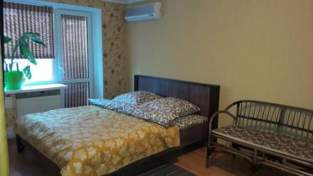 Квартира с хорошим ремонтом в Чернигове посуточно почасово. Чернигов. фото 1